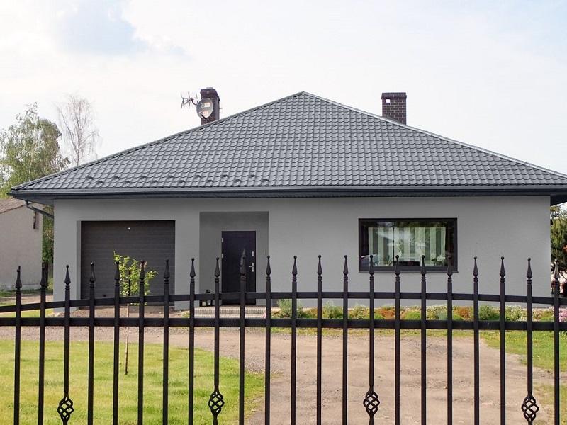 Blachodachówka Platino na dachu